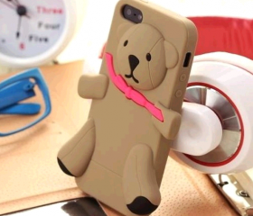 Lovely and Cute Bear Silicone Case Back Cover for iPhone 4/4S/5